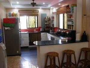 valencia house with income property