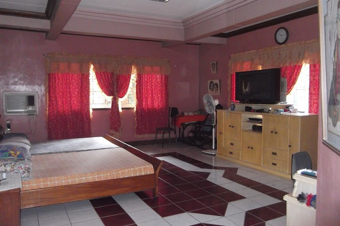 3 piapi home for sale