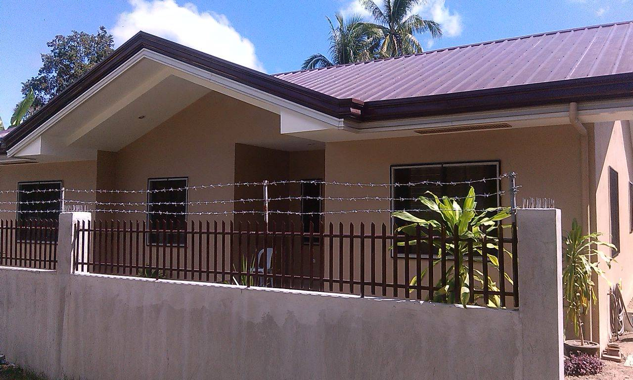 Valencia home for sale in negros oriental philx pat real for Valencia home