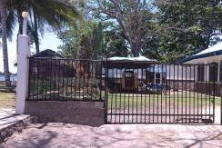 beachfront house and lot for sale (20)