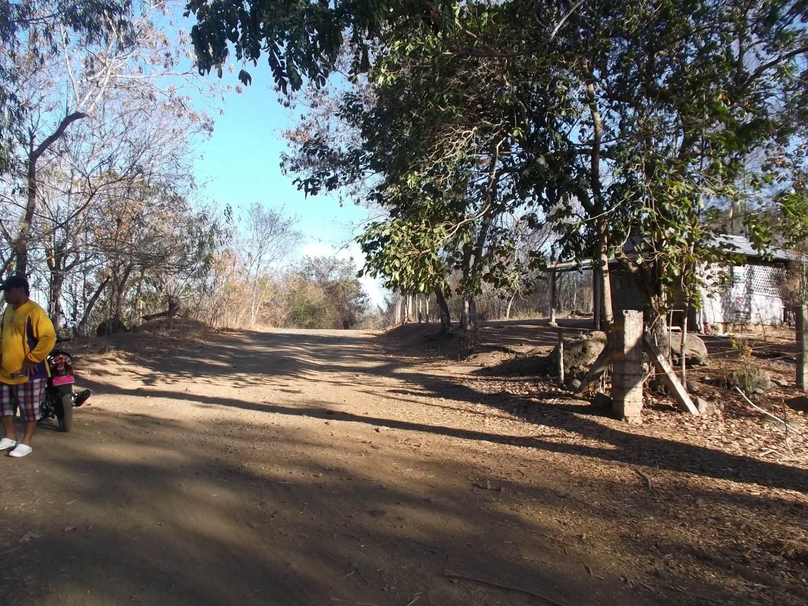 SIBULAN LAND FOR SALE BESIDE BRAVO GOLF COURSE
