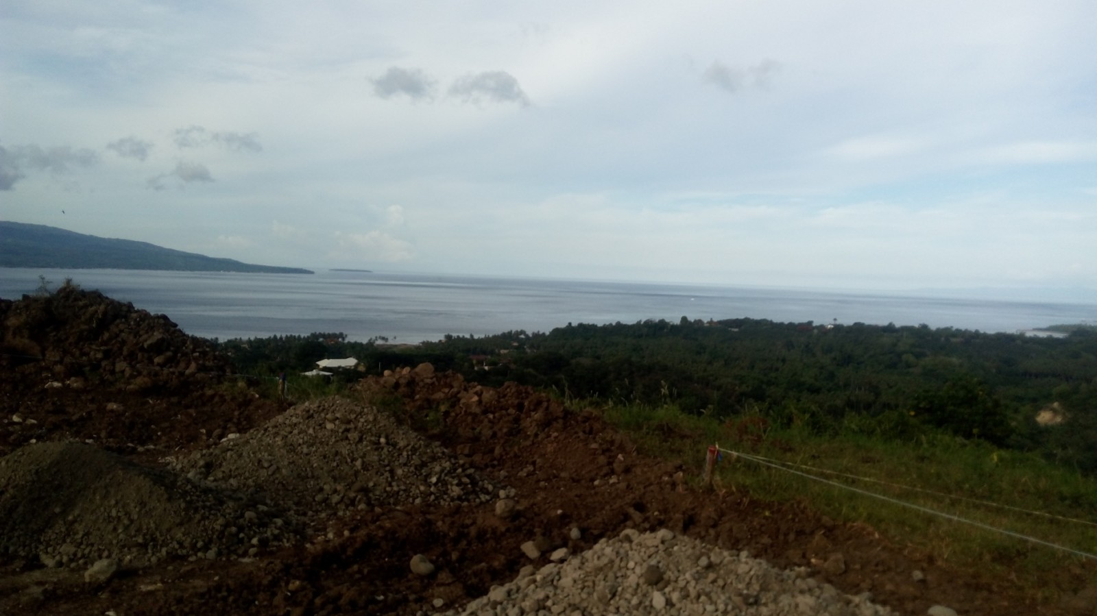 OCEAN AND MOUNTAIN VIEW LOTS FOR SALE