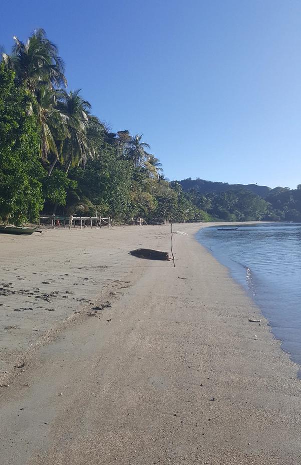 TABLAS ISLAND BEACH LOT FOR SALE