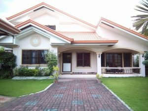 dumaguete house and lot for sale with beautiful pool