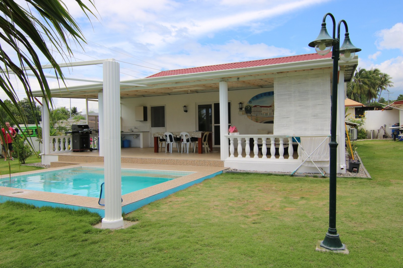 HOUSE AND LOT FOR SALE NEAR THE BEACH