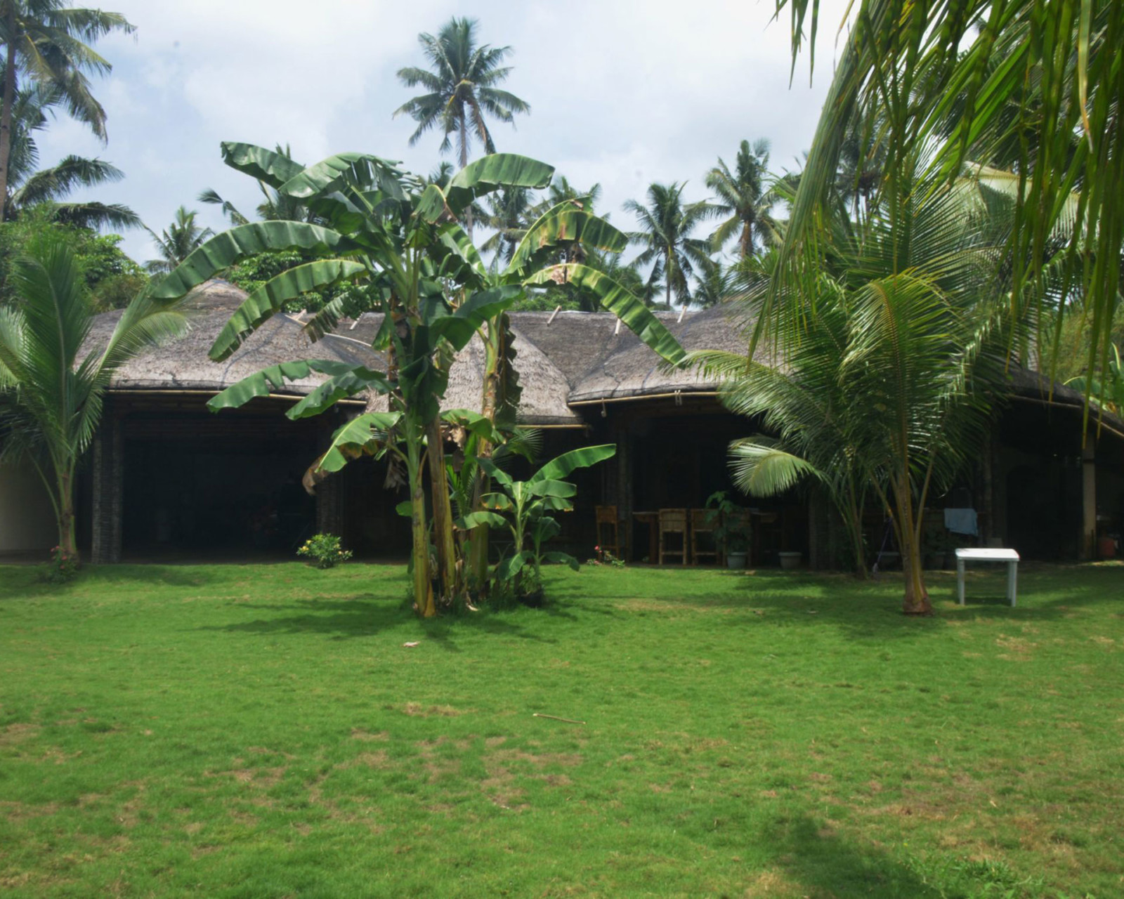 A Magnificent Beach-park Residence for Sale in Samar 2020