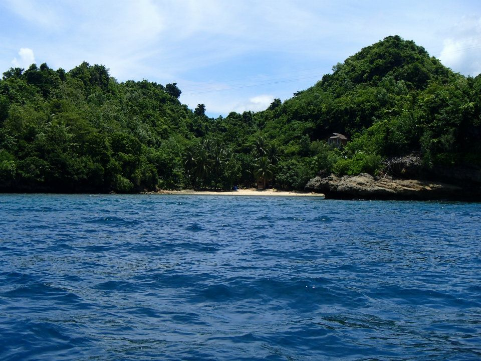 MAJESTIC BEACH LOT FOR SALE IN SIPALAY
