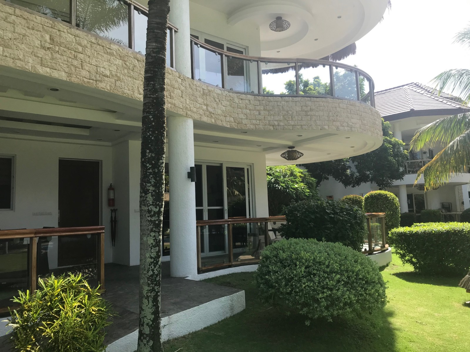 Dauin Condominium For Sale