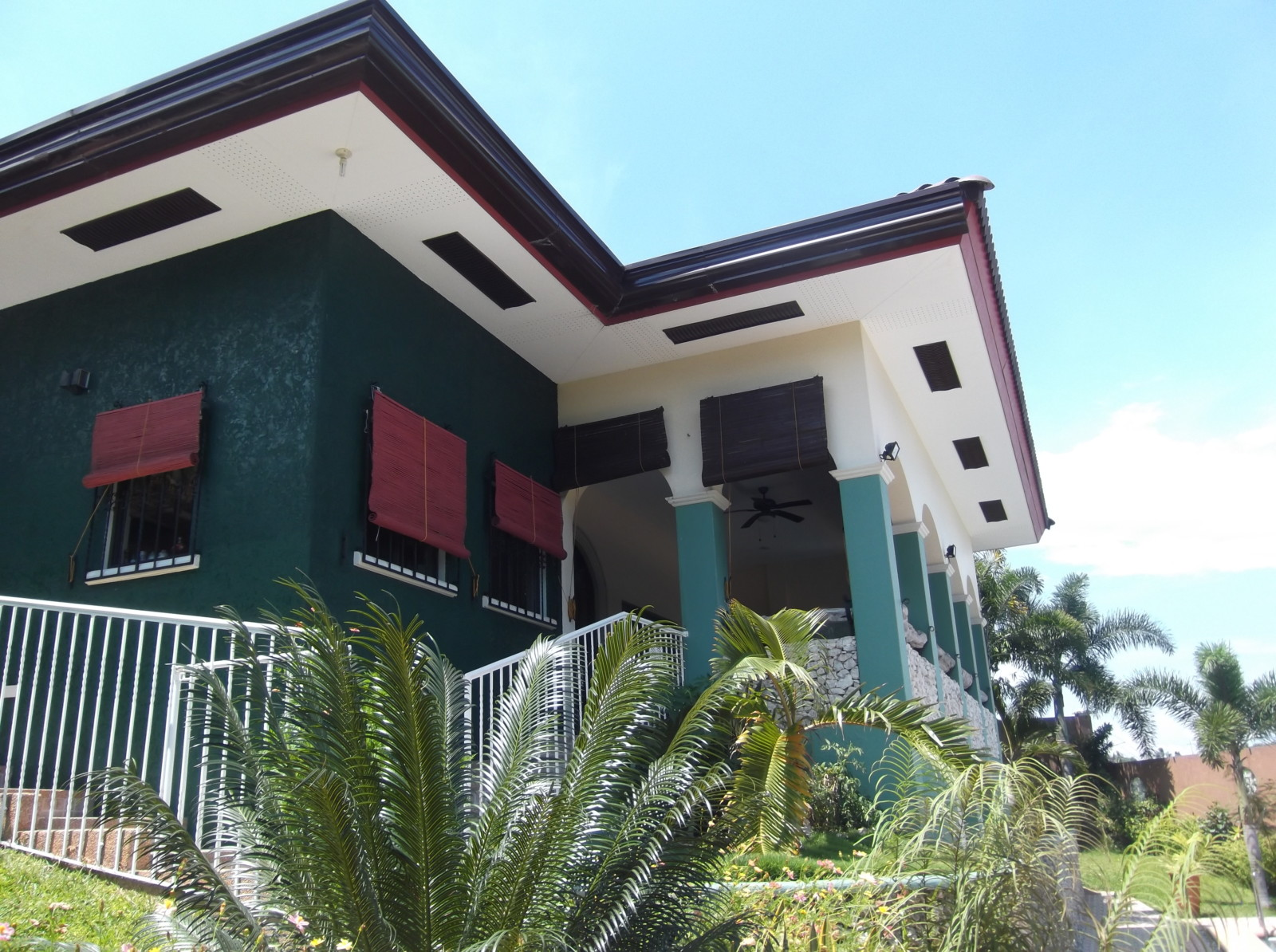 Awesome Overlooking House and Lot For Sale ID#14257